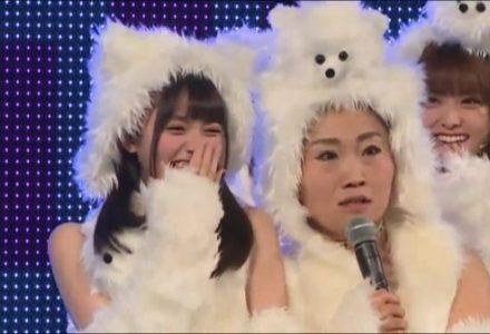 【乃木坂46】キンタローと齋藤飛鳥の顔のサイズが違い過ぎるwww